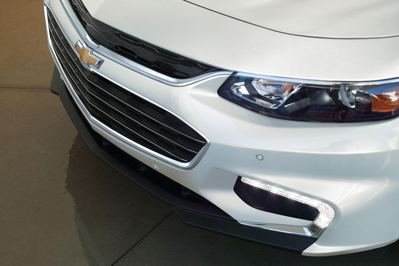 2018 Chevrolet Malibu Premier Sedan Exterior Detail