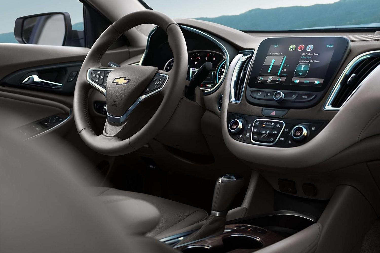 2018 Chevrolet Malibu Premier Sedan Interior
