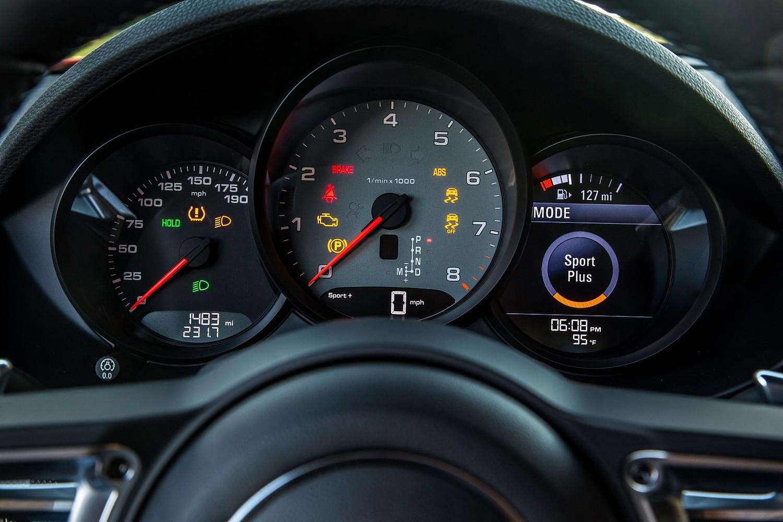 2018 Porsche 718 Cayman S Coupe Gauge Cluster