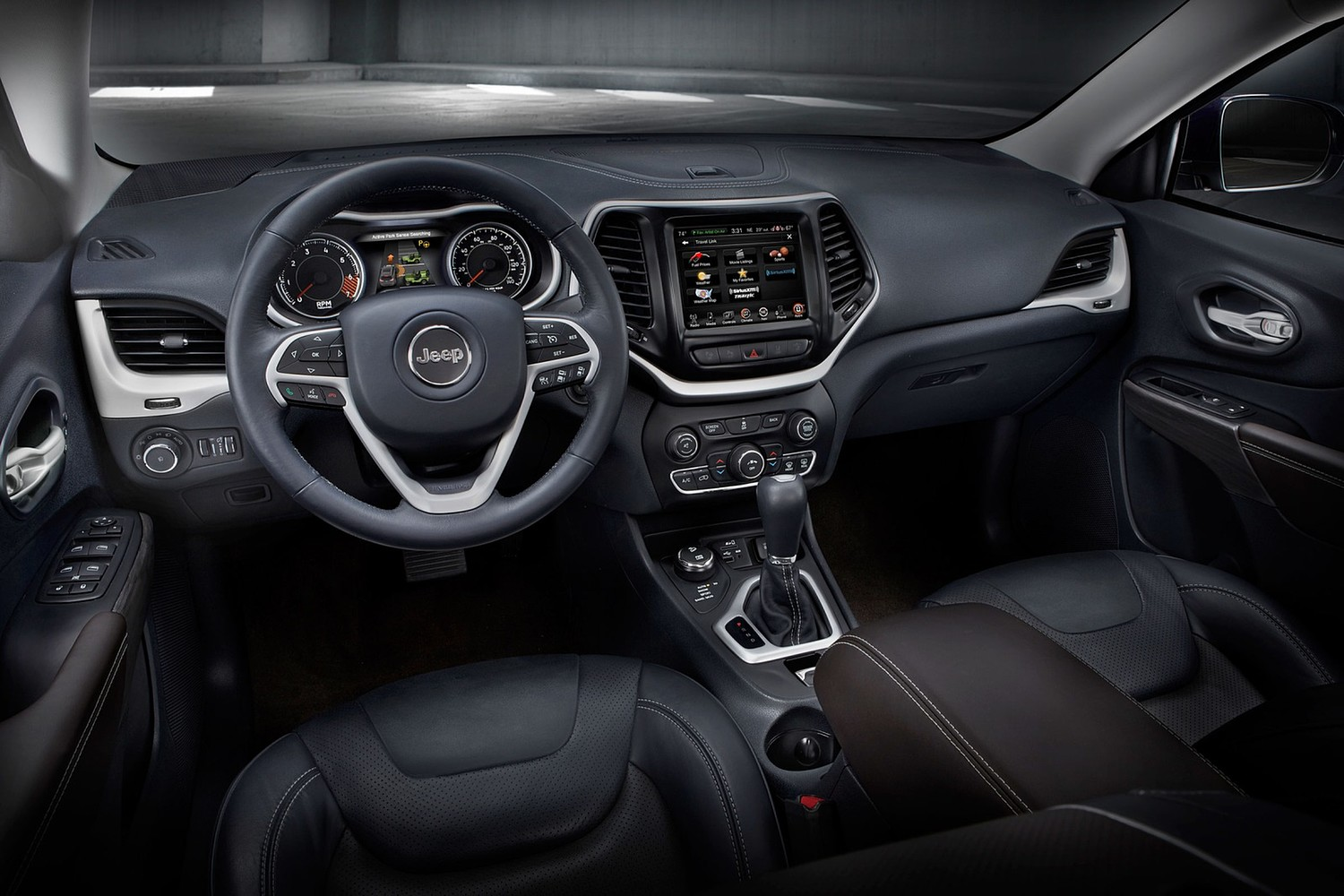 2018 Jeep Cherokee Limited 4dr SUV Dashboard Shown
