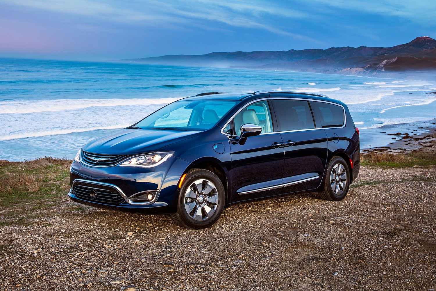 2018 Chrysler Pacifica Hybrid Touring Plus Passenger Minivan Exterior Shown