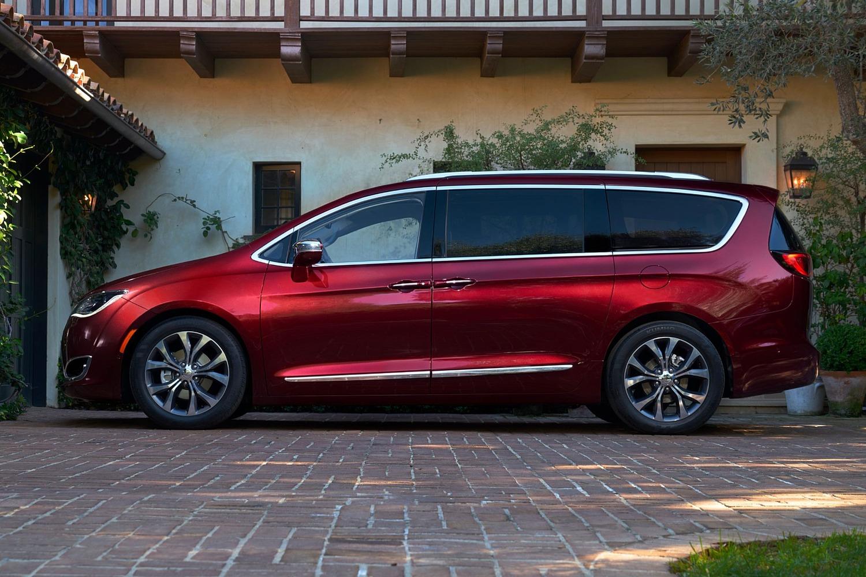 2018 Chrysler Pacifica Limited Passenger Minivan Profile Shown