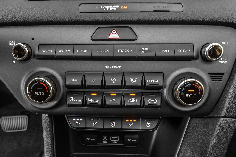 2018 Kia Sportage EX 4dr SUV Center Console