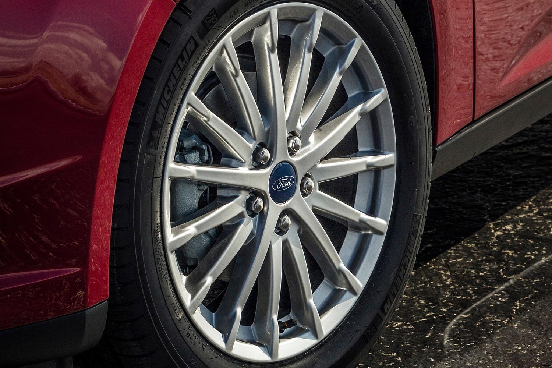 Ford Focus Electric 4dr Hatchback Wheel