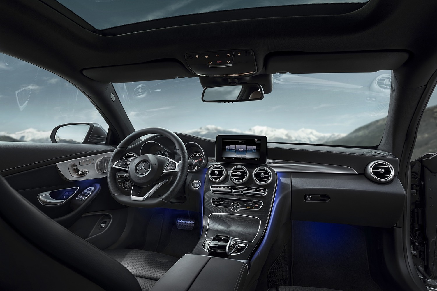 2018 Mercedes-Benz C-Class C 300 Coupe Dashboard