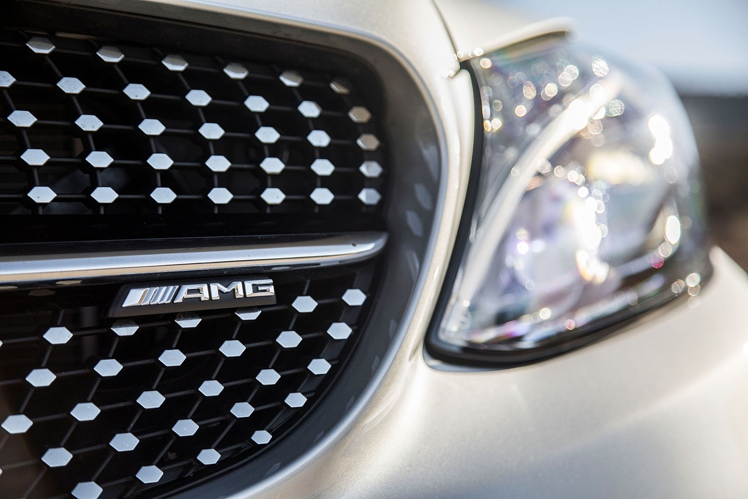 2018 Mercedes-Benz C-Class AMG C 43 Coupe Front Badge