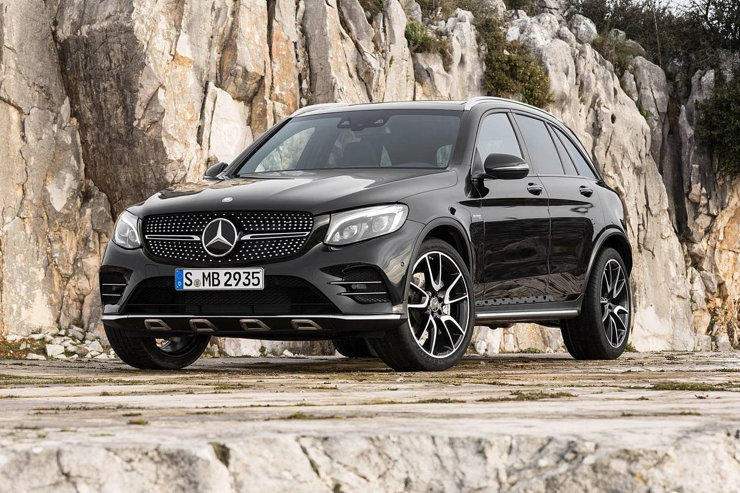 2018 mercedes benz glc class amg glc 43 suv vehie. Black Bedroom Furniture Sets. Home Design Ideas