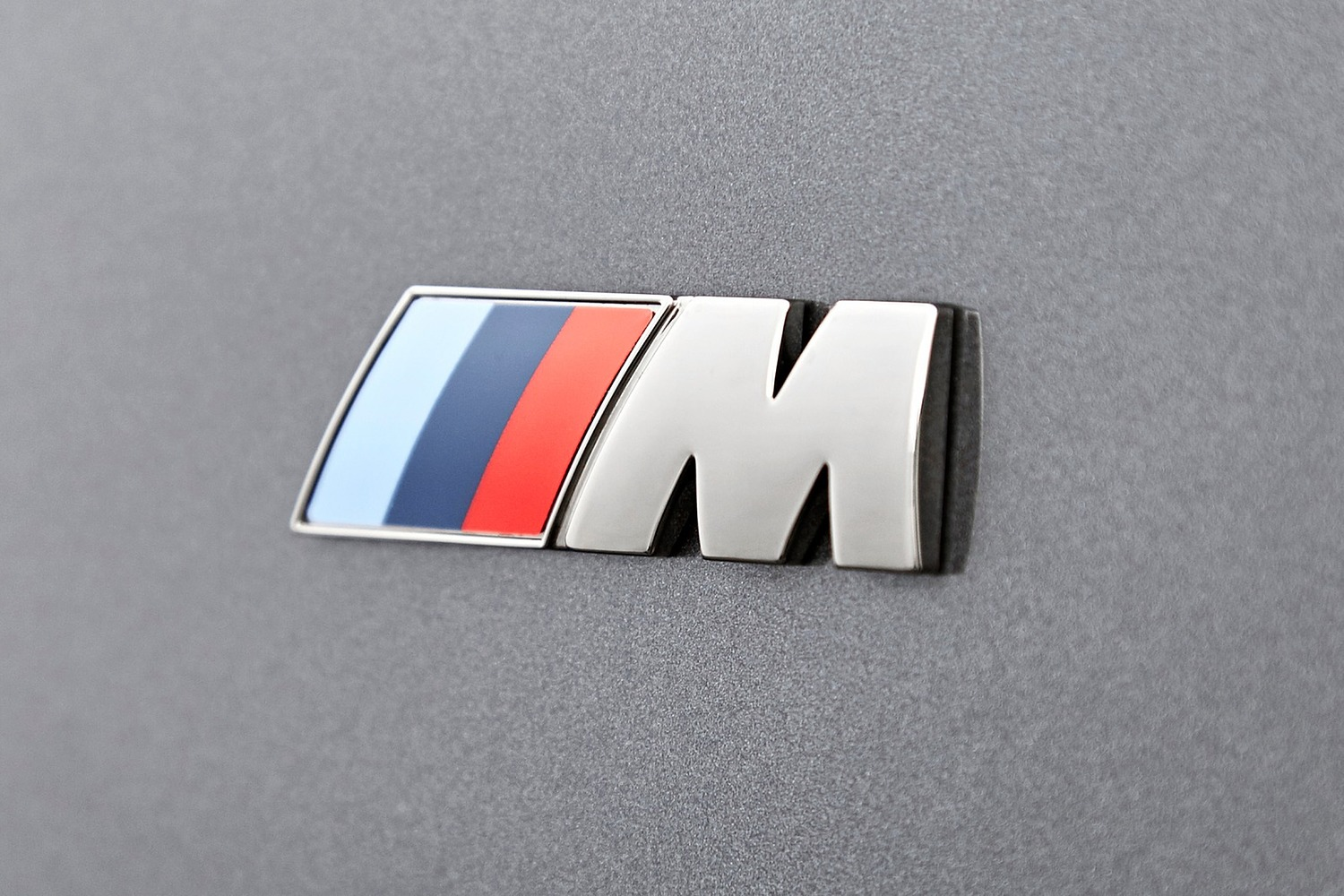 2018 BMW 2 Series M240i xDrive Coupe Fender Badge