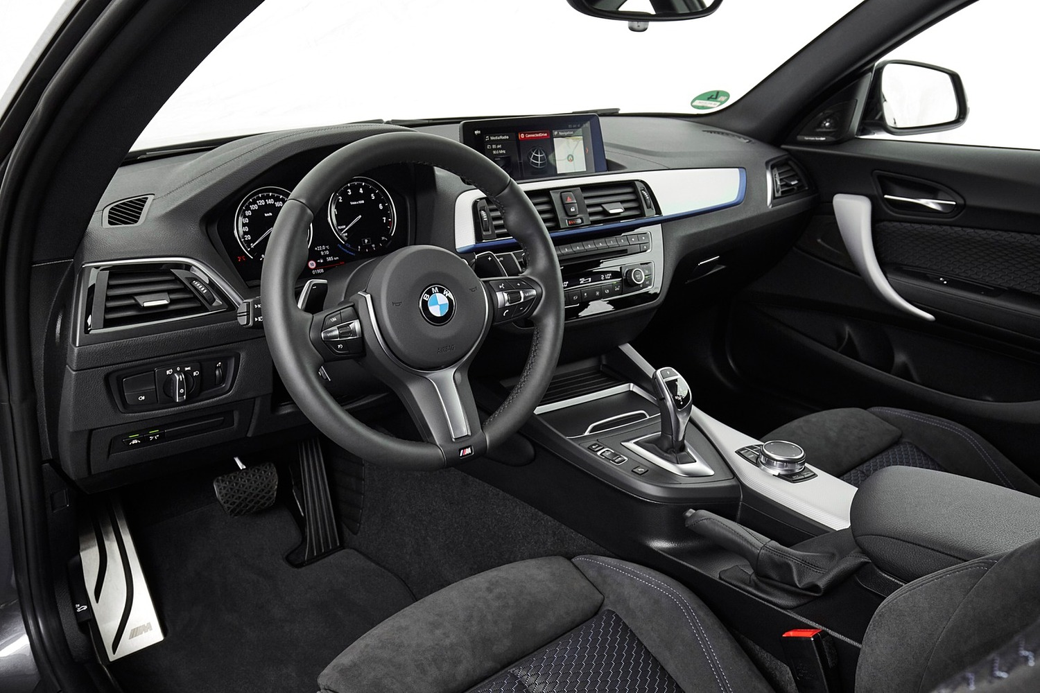 2018 BMW 2 Series M240i xDrive Coupe Steering Wheel Detail