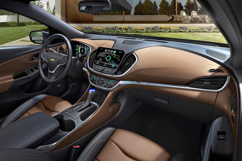 2018 Chevrolet Volt Premier 4dr Hatchback Interior