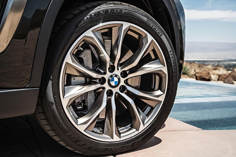 2018 BMW X6 xDrive50i 4dr SUV Wheel