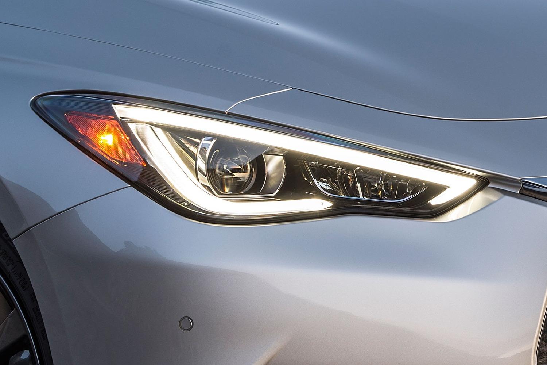 2018 INFINITI Q60 3.0t SPORT Coupe Headlamp Detail
