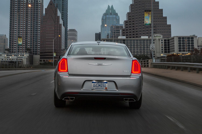 2018 Chrysler 300 Limited Sedan Exterior