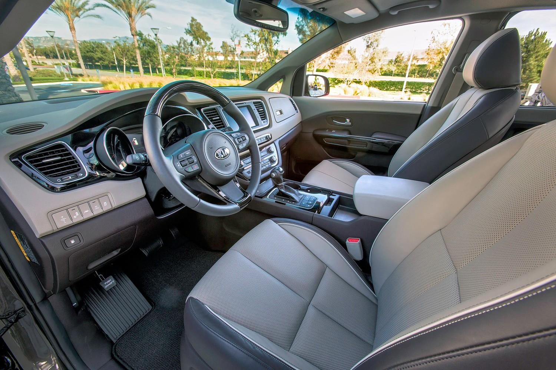 Kia Sedona SX Limited Passenger Minivan Interior Shown