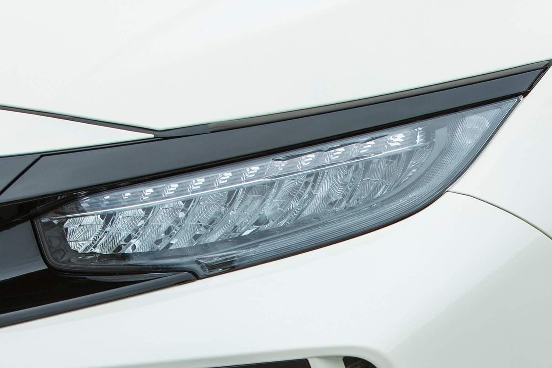 2018 Honda Civic Type R Touring 4dr Hatchback Headlamp Detail