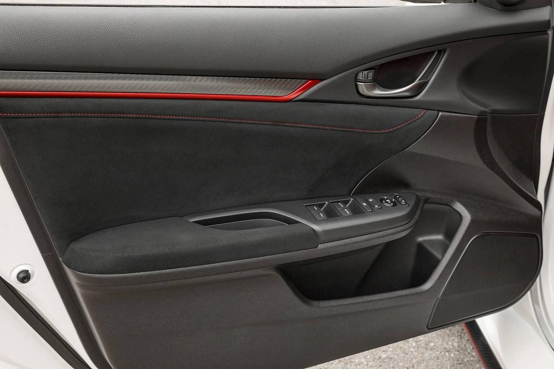 2018 Honda Civic Type R Touring 4dr Hatchback Interior Detail