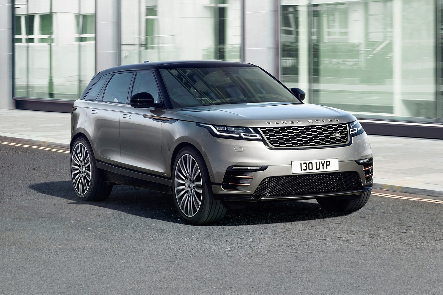 2018 Land Rover Range Rover Velar First Edition 4dr SUV Exterior Shown