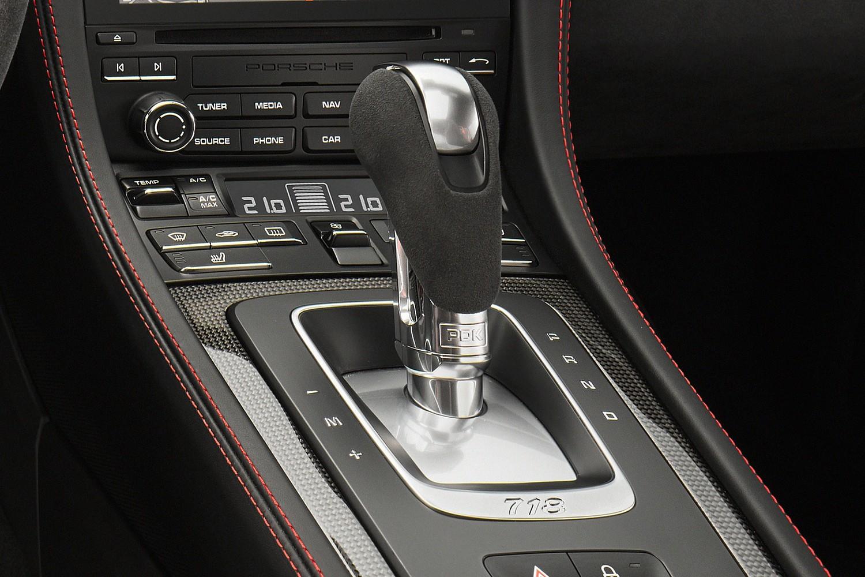 2018 Porsche 718 Cayman GTS Coupe Shifter