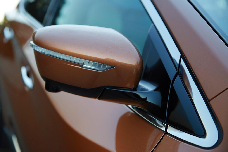Nissan Murano Platinum 4dr SUV Exterior Detail
