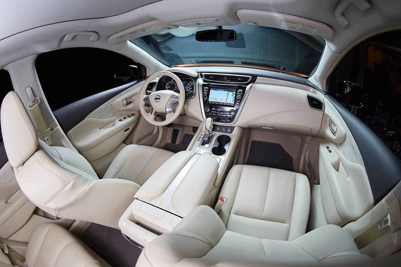 Nissan Murano Platinum 4dr SUV Interior