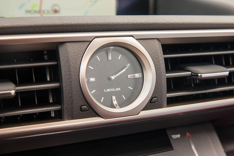 2018 Lexus RC F Coupe Interior Detail