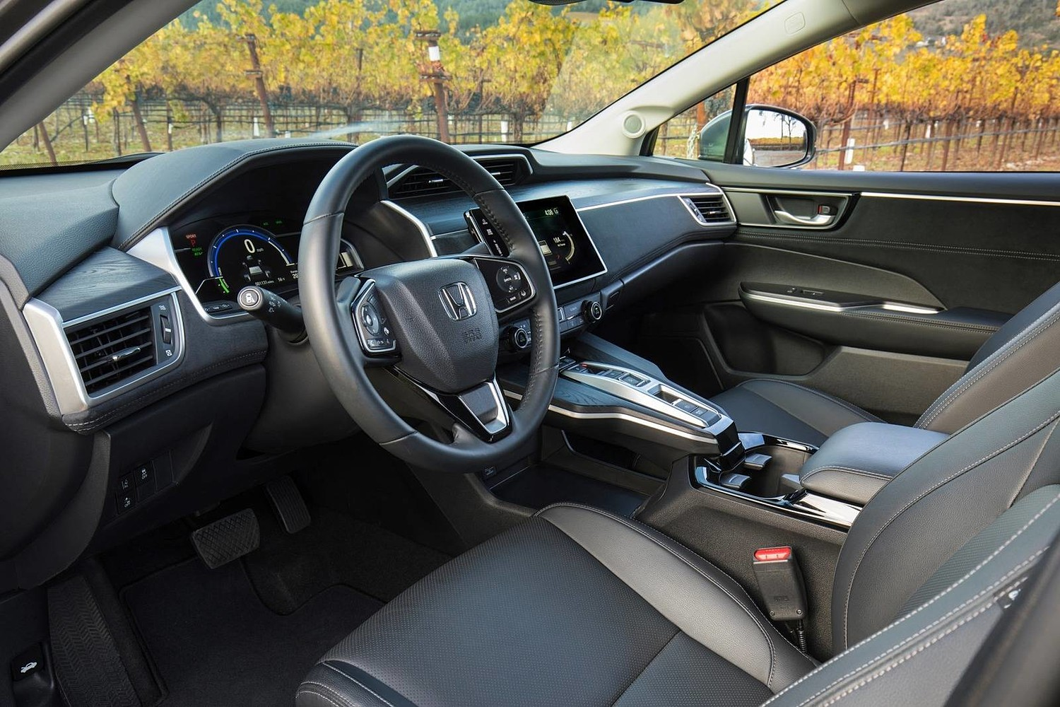 2018 Honda Clarity Touring Plug-In Hybrid Sedan Steering Wheel Detail Shown