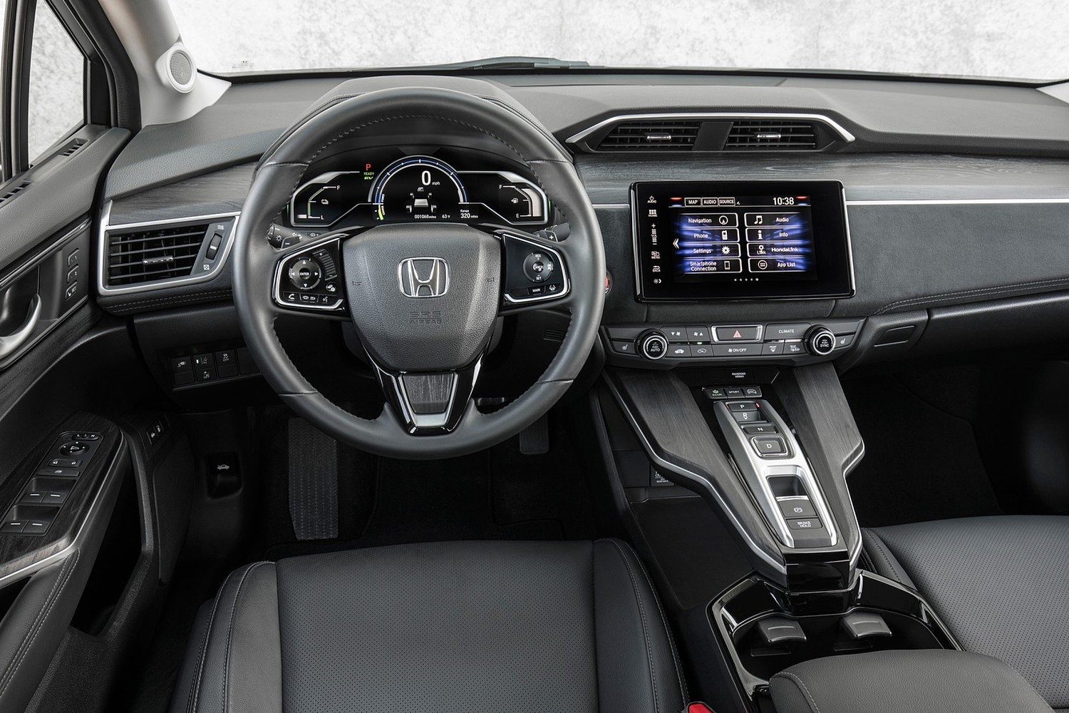 2018 Honda Clarity Touring Plug-In Hybrid Sedan Steering Wheel Detail
