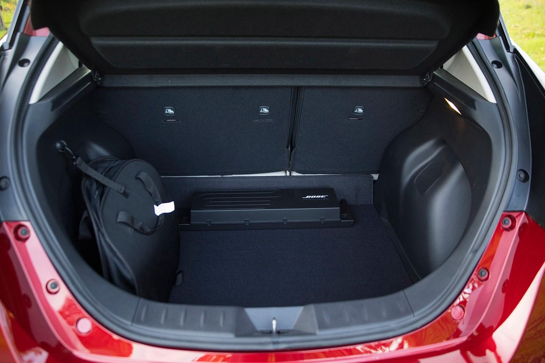 2018 Nissan Leaf SL 4dr Hatchback Cargo Area