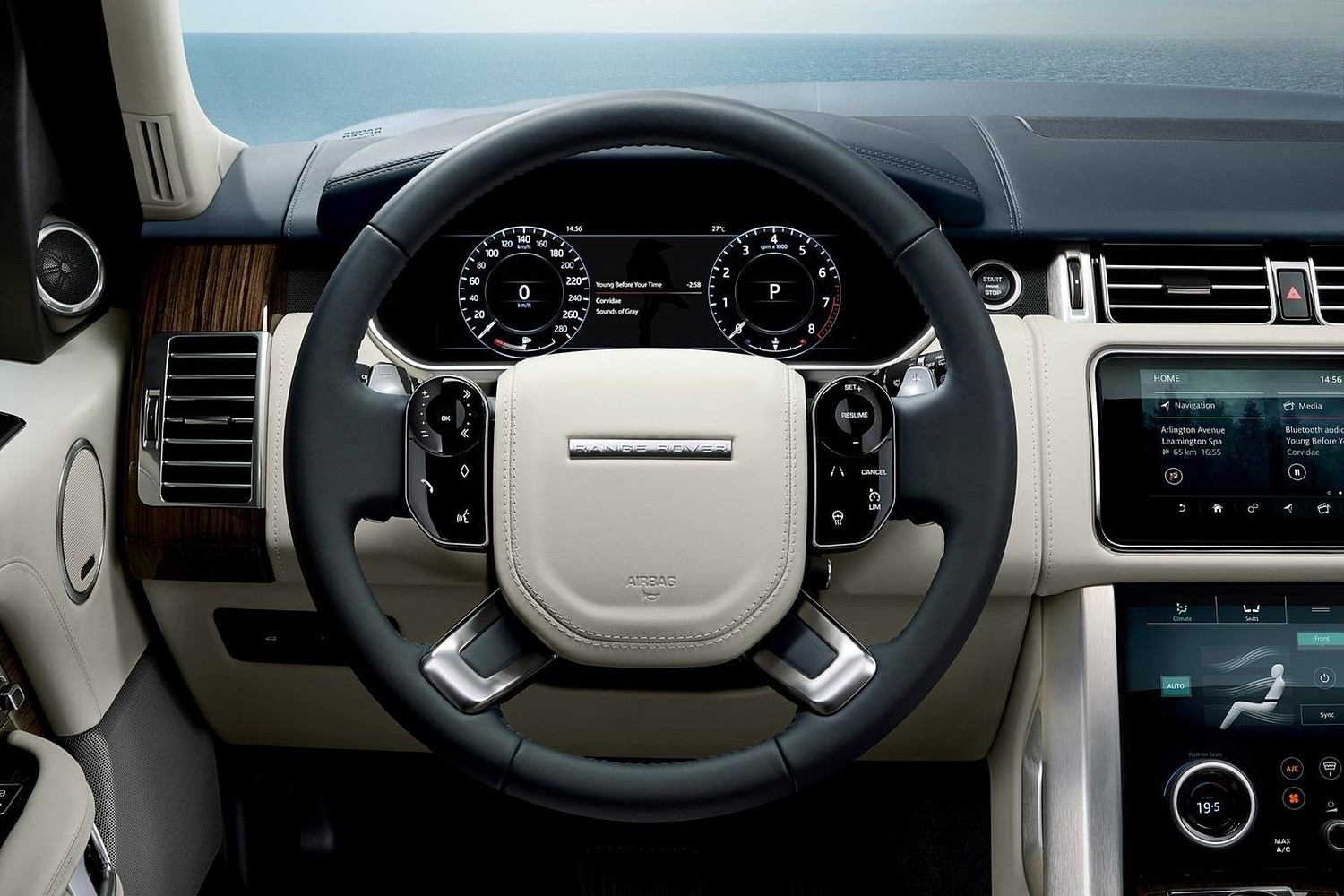 2018 Land Rover Range Rover Autobiography 4dr SUV Steering Wheel Detail