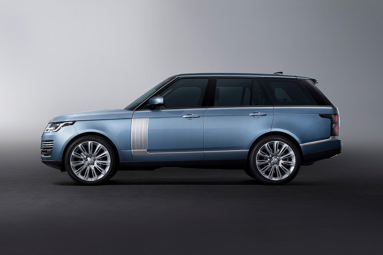 2018 Land Rover Range Rover Autobiography 4dr SUV Profile Shown