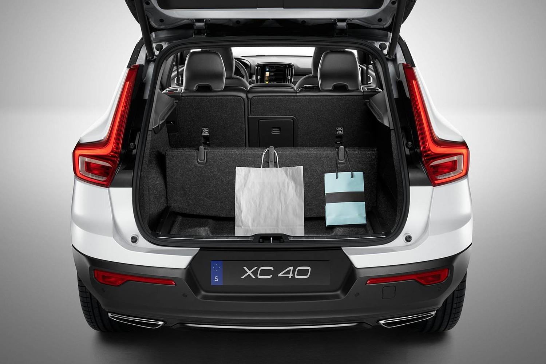2019 Volvo XC40 T5 R-Design 4dr SUV Cargo Area
