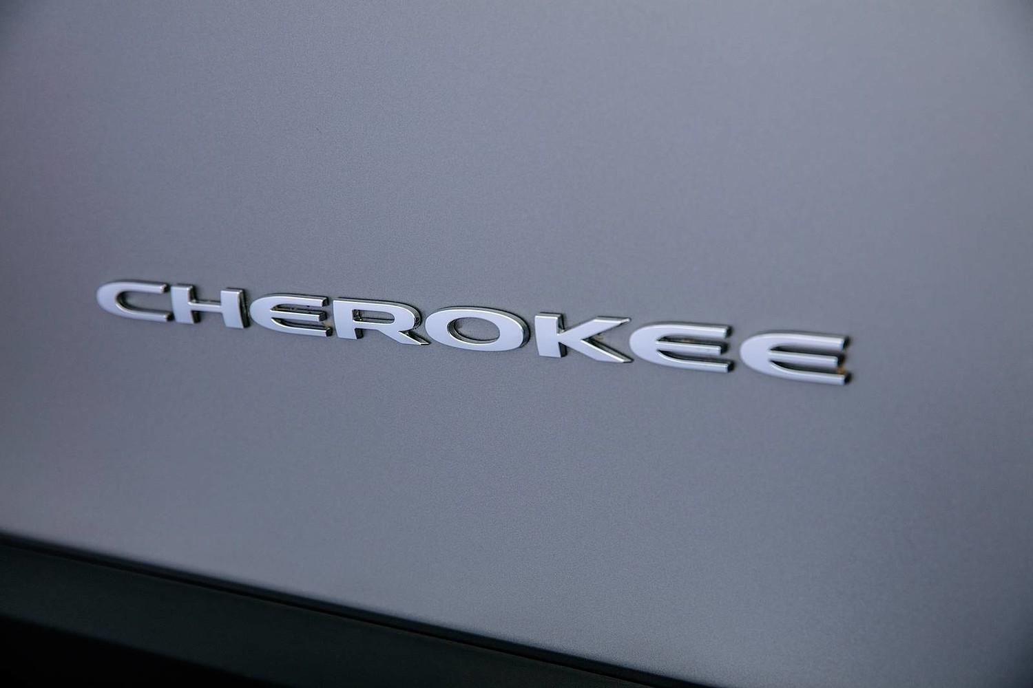 2019 Jeep Cherokee Limited 4dr SUV Front Badge