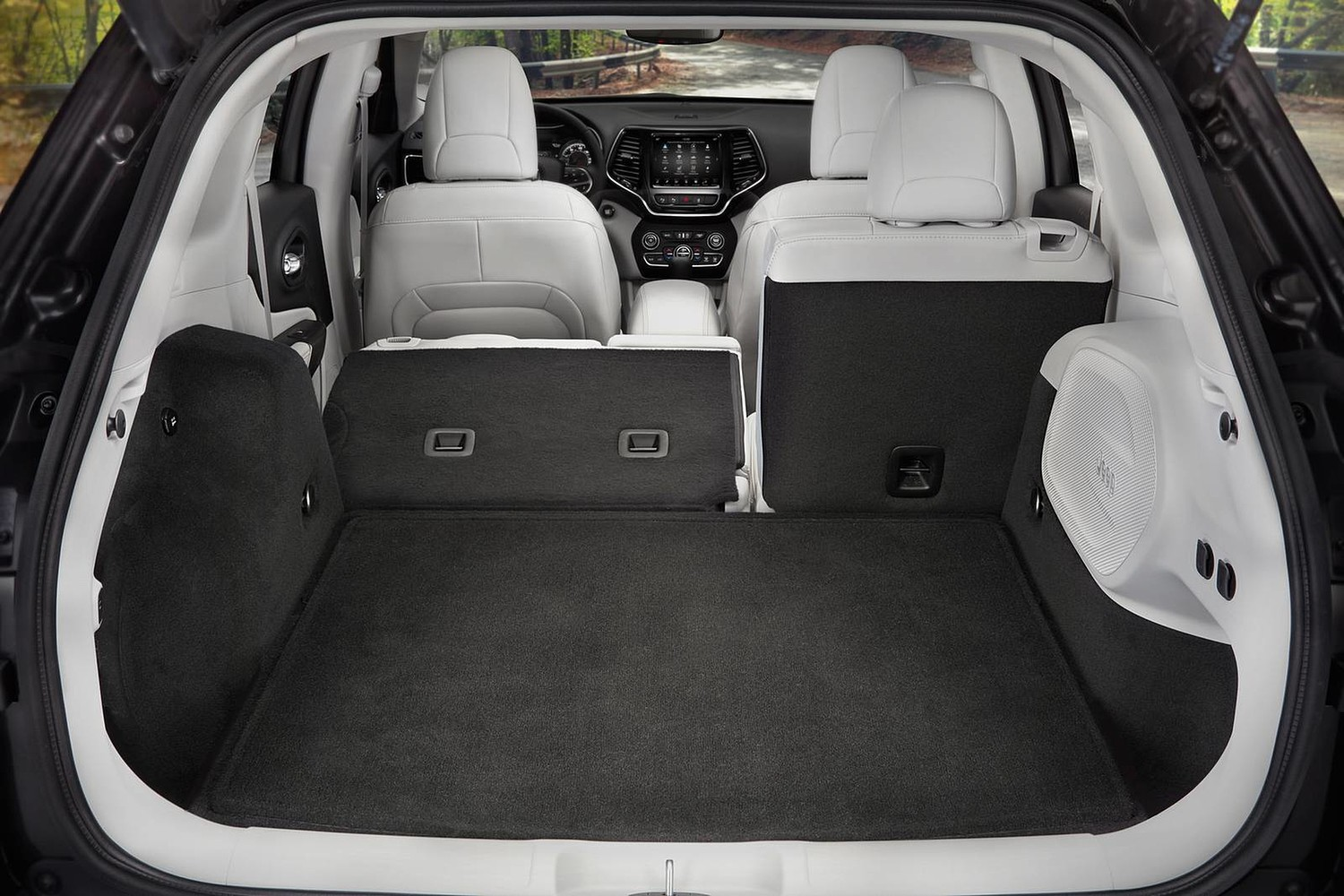 2019 Jeep Cherokee Limited 4dr SUV Rear Seats Down