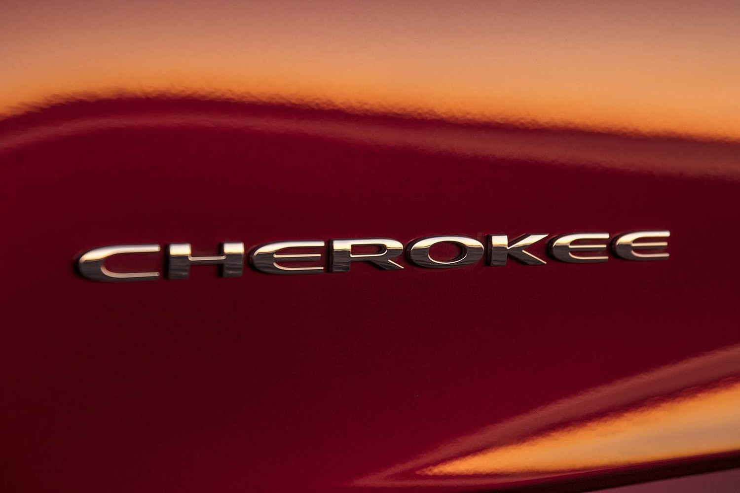 2019 Jeep Cherokee Overland 4dr SUV Front Badge