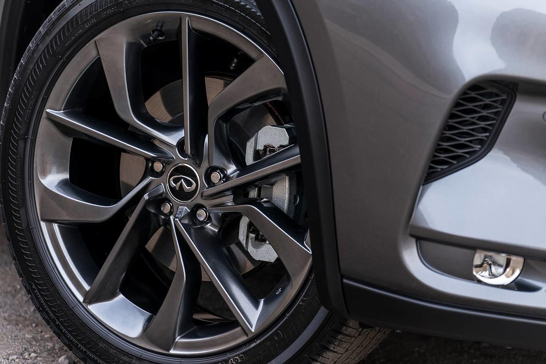 2019 INFINITI QX50 ESSENTIAL 4dr SUV Wheel