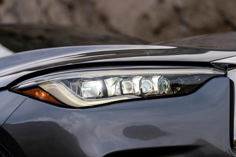 2019 INFINITI QX50 ESSENTIAL 4dr SUV Headlamp Detail