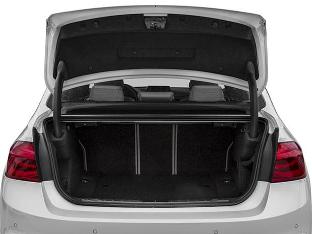 2018 3 Series Sedan Diesel - Cargo Area
